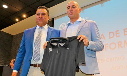 El entrenador Iván Déniz fue el invitado especial de los Borregos Hidalgo