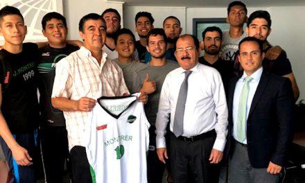 La Universidad Montrer presentó a su nuevo entrenador