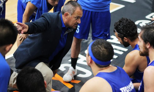 """""""Cuando me pongo el saco de entrenador mis hijos son todos"""": Javier González Rex"""