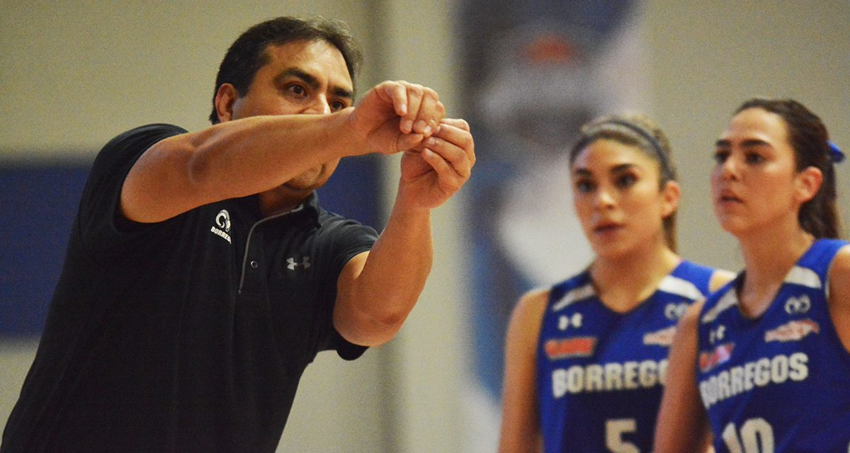 """""""En la medida que las jugadoras tengan oportunidades de foguearse internacionalmente, van a seguir creciendo"""": Mario Moreno"""